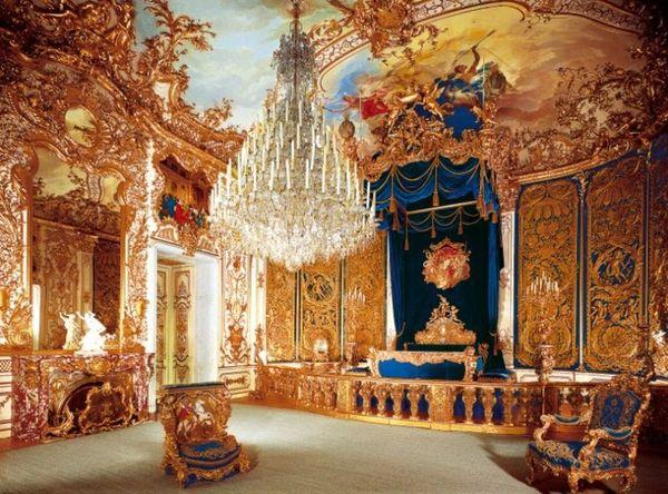 palacio_de_linderhof_1.jpg