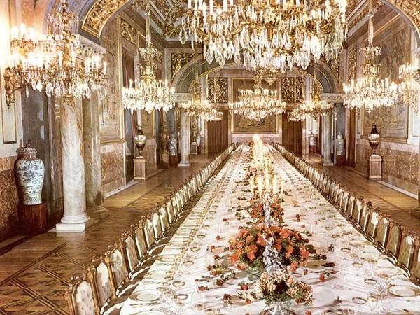 palacio_real_de_madrid_comedor_de_gala_1.jpg